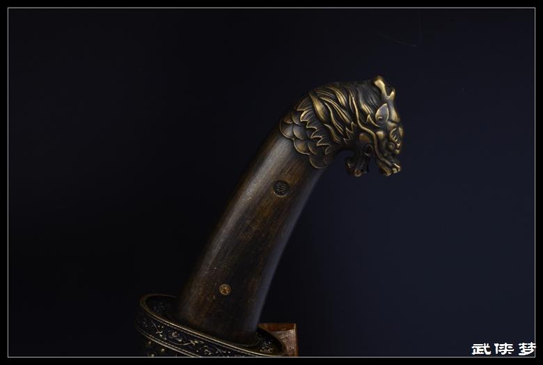 产品名称 蒙古战刀|花纹钢|★★★ 全长cm  52  刃长cm  33  刃宽cm